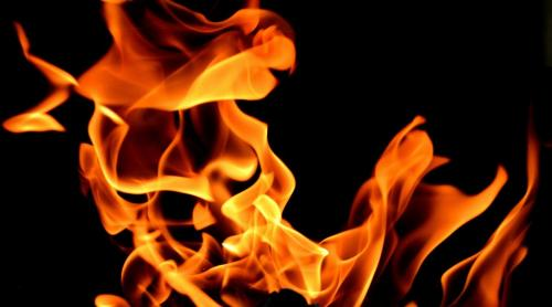 fire-2204302